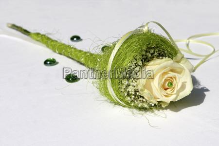 tischdeko gelbe rose