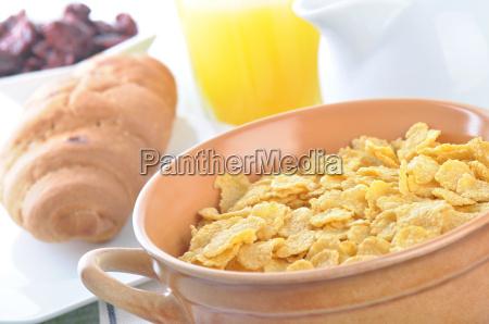 a bowl of oatmeal