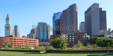 skyline of the financial district of
