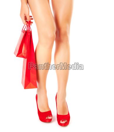 frau beine lebensstil schuhe einkaufen shoppen
