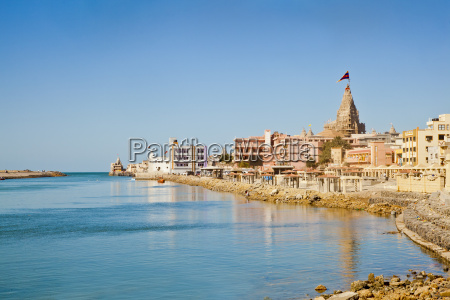 dwarka bay arabian sea and promenade