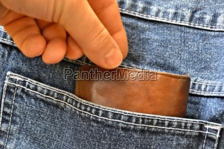 diebstahl einer geldboerse aus einer hosentasche