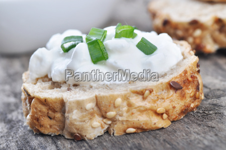 sandwich with a cottage cheese