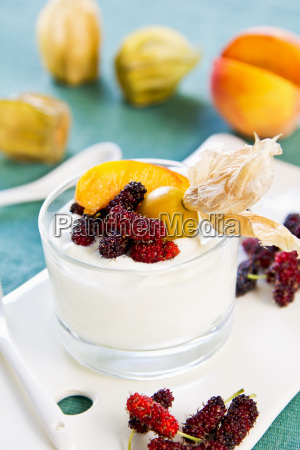 peach with mulberry and gooseberry yogurt