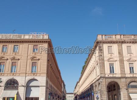 rom roma zentral hohe hoch aufragend