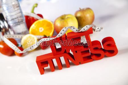 gesunden lebensstil konzept ernaehrung und fitness