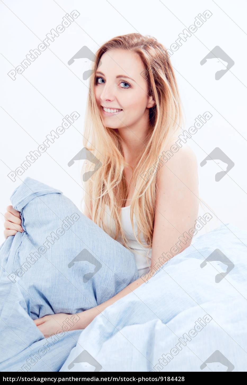 Frauen Im Bett Bilder