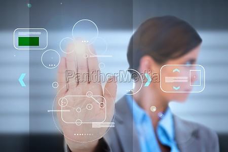 geschaeftsfrau mit einer palm print identifikation
