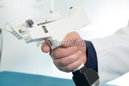 mesotherapie pistole elektronisch mit spritze