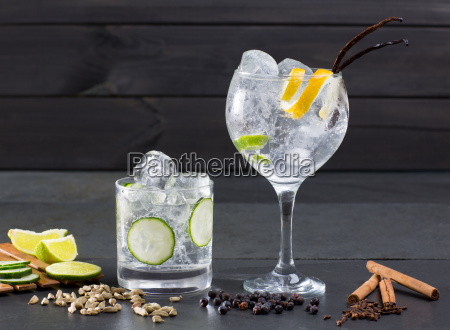 gin tonic cocktail mit lima gurke