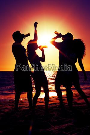 leute, machen, party, am, strand, mit - 9357248