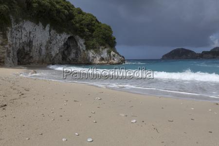 rovinia beach bei liapades auf der