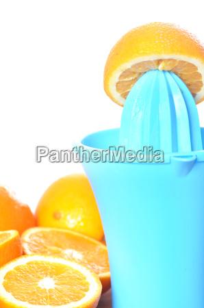 preparing 100 orange juice