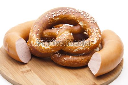 fleischwurst mit laugenbrezel