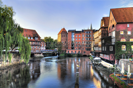 hansestadt lueneburg alter hafen am morgen