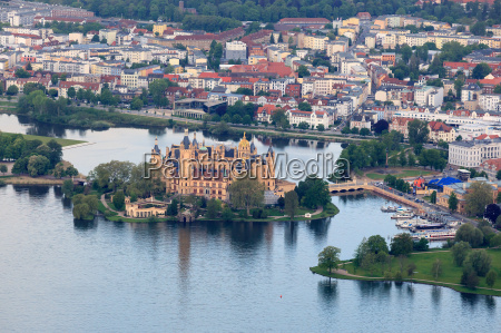 schwerin castle and the city center