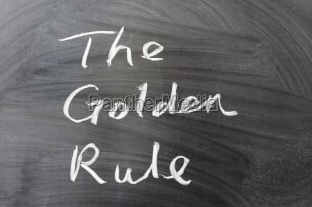 die goldenen regelwoerter die an die