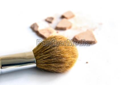 buerste lippenstift kosmetik kosmetika schaemen erroeten