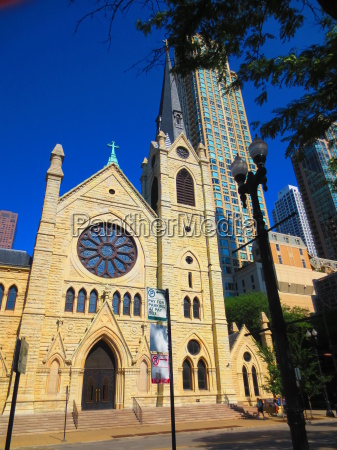 chicago cathedral