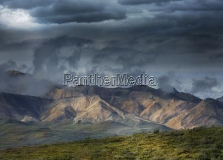 landen finster landschaftsbild landschaft natur bewoelkung