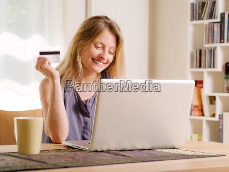 internet shopping mit kreditkarte