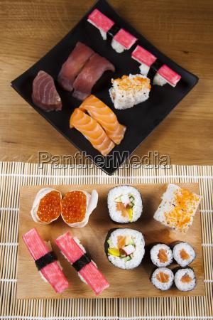 sushi traditional japanese food