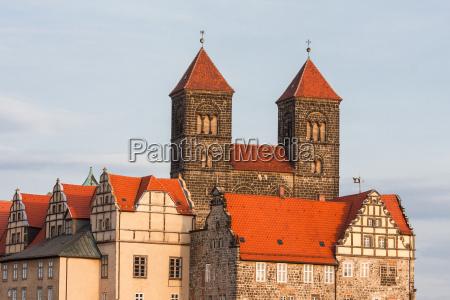 stiftskirsche castle welterbestadt quedlinburg