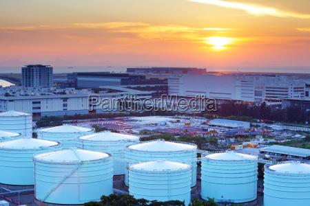 sonnenuntergang sonnenaufgang abendrot brennstoff depot behaelter