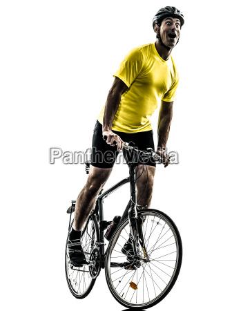 mann radfahren mountainbike gluecklich freude silhouette