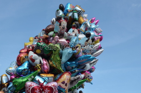 kunterbunte luftballons