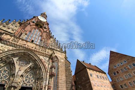 die frauenkirche in nuernberg