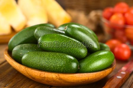 finger avocados