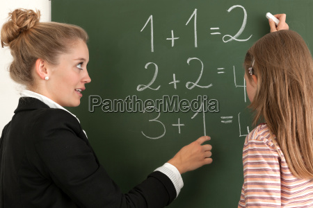 tafel schuelerin mathematik zaehlen abzaehlen mathe