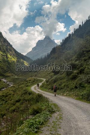 wandern berge alpen bergwandern wanderer wege