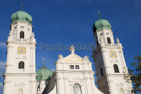 cathedral diocese diocese passau bishopric