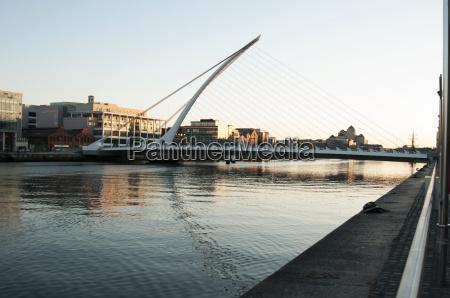 samuel beckett bridge dublin irland