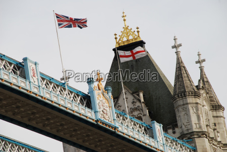 london tower bridge union jack