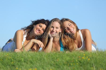 portrait, einer, gruppe, von, drei, glückliche - 10043744