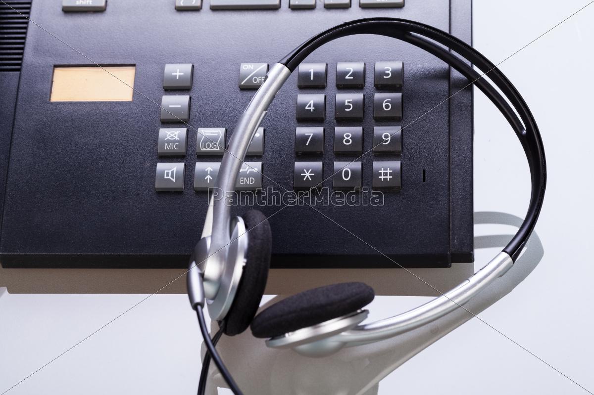 arbeitsplatz, mit, telefon, und, headset, im - 10216325
