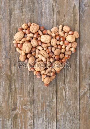 heart heart shape peanut hazelnut walnuts