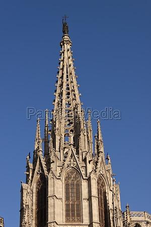 barcelona gotische kathedrale turm