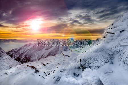 winter berge szenische ansicht mit gefrorenen