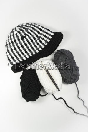 crocheted cap with wool and crochet