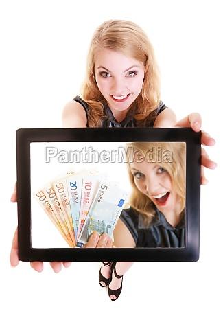 geschaeftsfrau die ipad tablet touchpad foto
