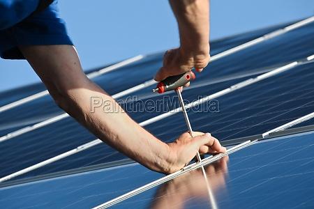attach new solar moduls