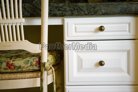 detail der kuechen schreibtisch und stuhl