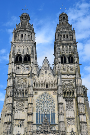 gotische kathedrale von saint gatien in