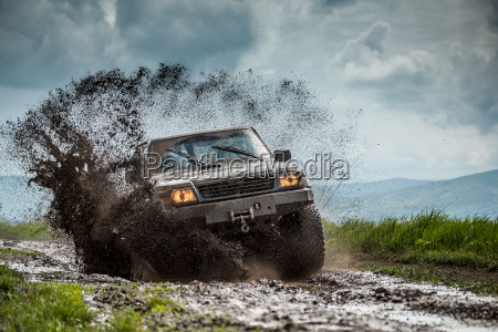 jeep weg von der strasse