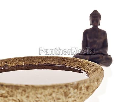 buddha schale wasser