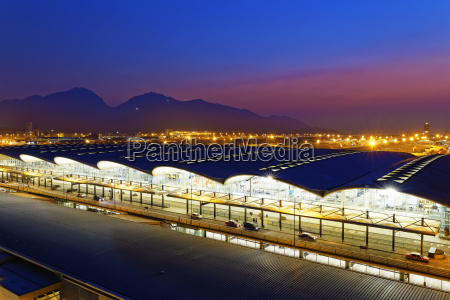 hong kong international airport sunset